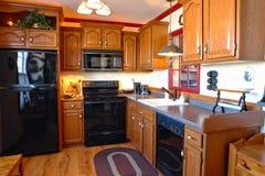 Cozinha americana tradicional da casa do estilo Fotos de Stock Royalty Free