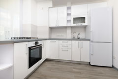 Cozinha branca moderna foto de stock