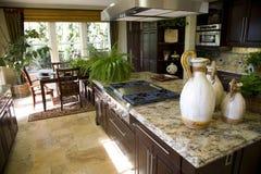 Cozinha com fogão Fotos de Stock