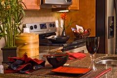 Cozinha contemporânea com assento do lugar foto de stock