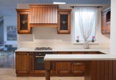 Cozinha de madeira vazia Imagem de Stock Royalty Free