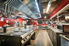 Cozinha do restaurante Fotos de Stock Royalty Free