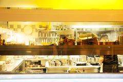 Cozinha do restaurante Imagens de Stock