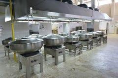 Cozinha do restaurante Imagens de Stock Royalty Free