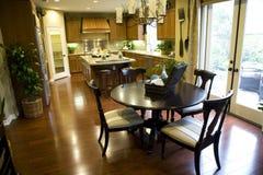 Cozinha e tabela 2354 Foto de Stock Royalty Free