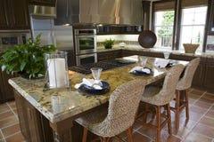 Cozinha home luxuosa. Imagens de Stock