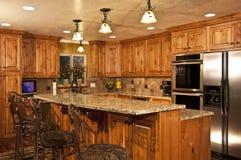 Cozinha home nova com console Fotografia de Stock Royalty Free