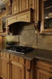 Cozinha luxuoso que cozinha a área Fotos de Stock Royalty Free