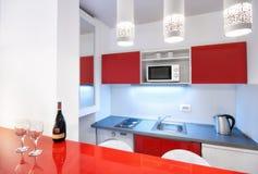 Cozinha moderna do estúdio Fotografia de Stock Royalty Free