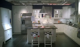 Cozinha moderna e sala dinning Foto de Stock Royalty Free
