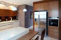 Cozinha moderna luxuoso Imagem de Stock Royalty Free