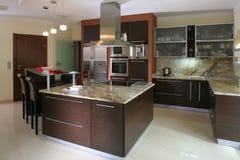 Cozinha moderna luxuoso Fotografia de Stock Royalty Free