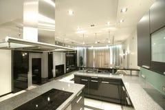Cozinha moderna na perspectiva imagens de stock