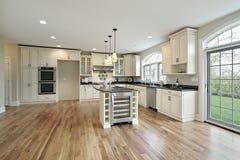 Cozinha na HOME da construção nova Foto de Stock Royalty Free