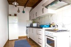 Cozinha Cozinha no apartamento Rua Ligth Foto de Stock Royalty Free