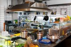 Cozinha profissional Imagens de Stock