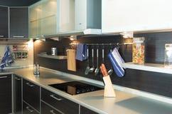 Cozinha ultra moderna Fotografia de Stock Royalty Free