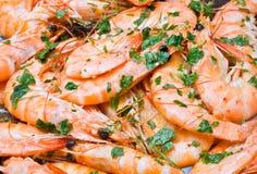 Cozinhando camarões Imagens de Stock
