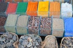 Cozinhando especiarias na venda Foto de Stock Royalty Free