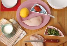 Cozimento da galinha de Tikka foto de stock
