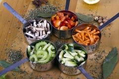 Cozinhando ingredientes. Vegetais Foto de Stock Royalty Free