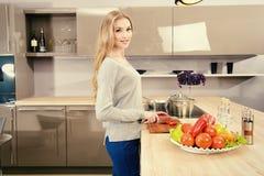 Cozinhando o alimento saudável foto de stock royalty free