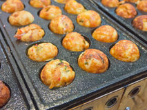 Cozinhando o takoyaki Fotografia de Stock Royalty Free