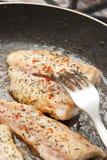 Cozinhando peixes imagens de stock