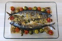 Cozinhando peixes da cavala Imagens de Stock