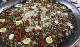 Cozinhando vegetais do paella imagem de stock royalty free