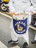 Cozinhe Drummer no Tamborrada, a parada do cilindro a comemorou a festividade do consumidor de San Sebastian, Espanha fotos de stock royalty free