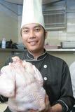 Cozinheiro chefe com aves domésticas do peru Fotos de Stock Royalty Free