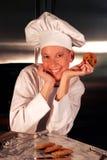Cozinheiro chefe feliz da pastelaria Fotos de Stock Royalty Free