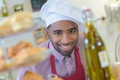 Cozinheiro chefe que levanta para a imagem fotos de stock