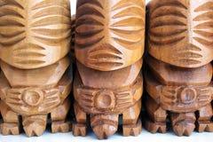Cozinheiro masculino de Rarotonga da escultura da estatueta do deus de Fishermans do polinésio foto de stock royalty free