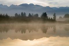 Cozinheiro National Park New Zealand da montagem de Mathson Aoraki do lago da reflexão de espelho fotografia de stock royalty free