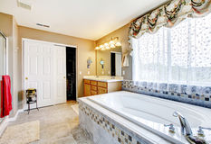 Cozy bathroom inteiror Royalty Free Stock Photo