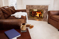 Cozy living room fire Royalty Free Stock Photography