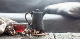 Free Cozy Living Room With Tea On The Table Royalty Free Stock Photos - 127294828