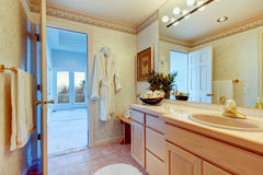 Cozy soft colors bathroom Royalty Free Stock Image