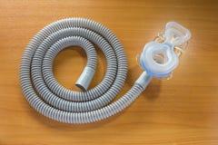 CPAP面具和水管 库存图片