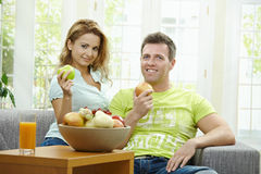 Cpople eating apple Royalty Free Stock Photos