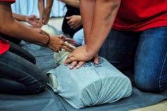 CPR, kurs, Cardio Płucny Resuscitation, szkolenia i demonstraci, obrazy royalty free