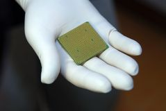 CPU in der Hand Stockbilder