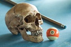 Cráneo con el número 13 Imágenes de archivo libres de regalías