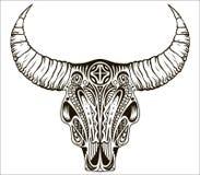Cráneo de la elegancia, étnico, del nativo americano o del mexicano de Boho del toro con las plumas en los cuernos libre illustration
