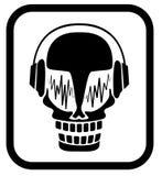 Cráneo en auriculares Fotos de archivo libres de regalías