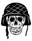 Cráneo en halmet Fotos de archivo libres de regalías
