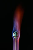 Cráneo en llamas fotografía de archivo