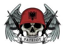 Cráneo militar o cráneo del patriota con el casco de la bandera de ALBANIA Foto de archivo